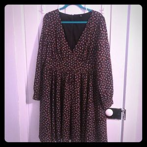 Deep V dress Torrid Size 18